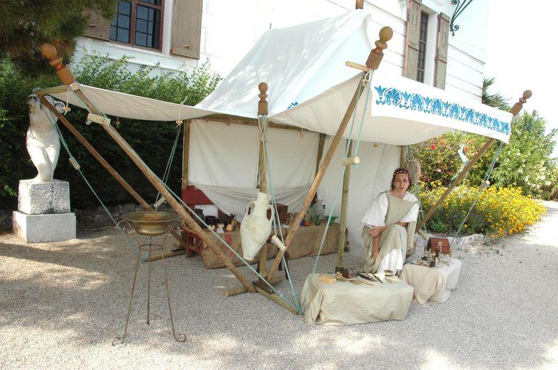 Organisation d'une fête grèce antique par LES VOYAGEURS DU TEMPS - Manon et Cécile ARNAUD grèce antique à la villa de Kerylos pour la fête de Poseïdon